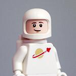 年轻优秀的宇航员